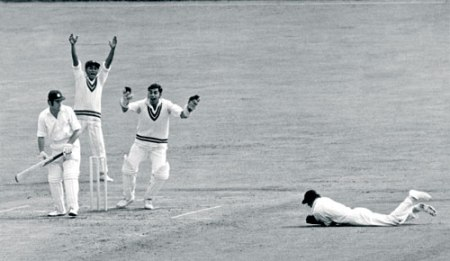 A catch 1971 London