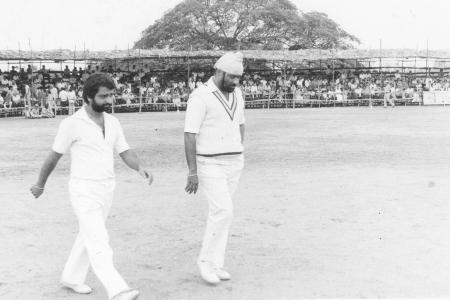 Viswanath, Bishen Singh Bedi inspect pitch