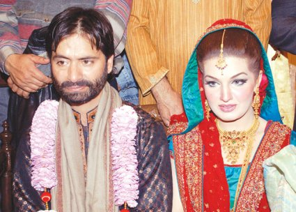 Yasin malik with his wife